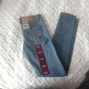 New girl levis jeans